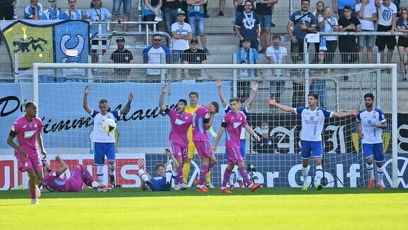 Hoffenheims Spieler nach einer vergebenen Chance gegen Chemnitz
