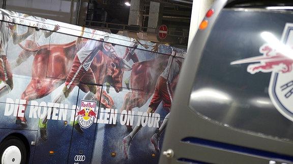 Die Busse von Salzburg und Leipzig