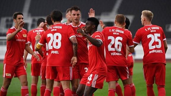 1. FC Union Berlin, Jubel nach Tor zum 0:1