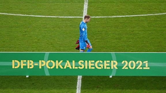 Torhüter Peter Gulacsi RB Leipzig, Enttäuschung nach Abpfiff.