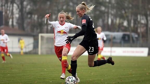 Franziska Gaus RB, gegen Camilla Kuever SGE
