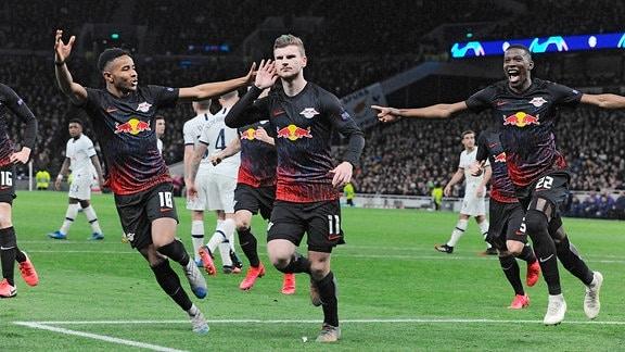 RB Leipzig feiert - Fussball Champions League