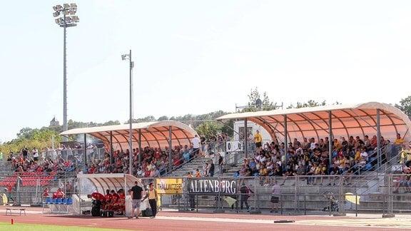 Tribüne im Ilburg-Stadion Eilenburg