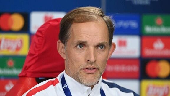 Thomas Tuchel während einer Pressekonferenz.