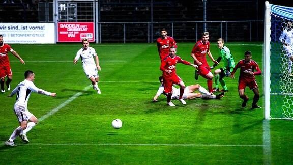 Babelsbergs Bogdan Rangelov trifft zum 2:1
