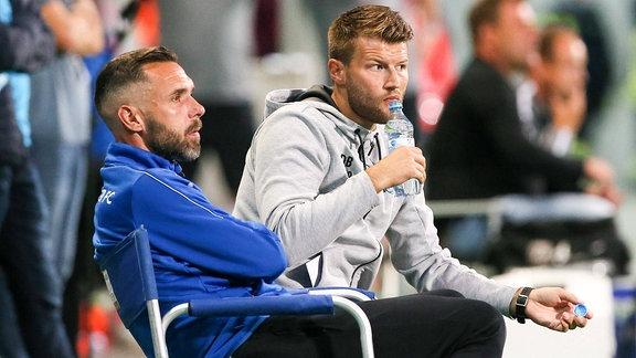 v.l.: Co-Trainer Christian Tiffert, Chemnitzer FC und Trainer Daniel Berlinski (Chemnitzer FC)
