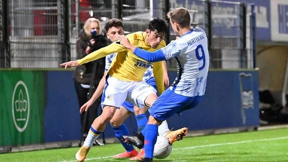 . l. Lucas Stauffer FC Carl Zeiss Jena, Tony Fuchs Hertha BSC II
