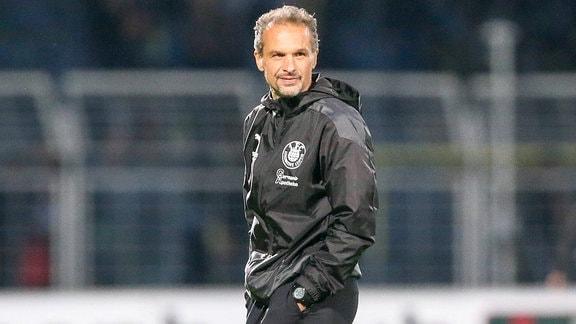 Trainer Almedin Civa (Lok)