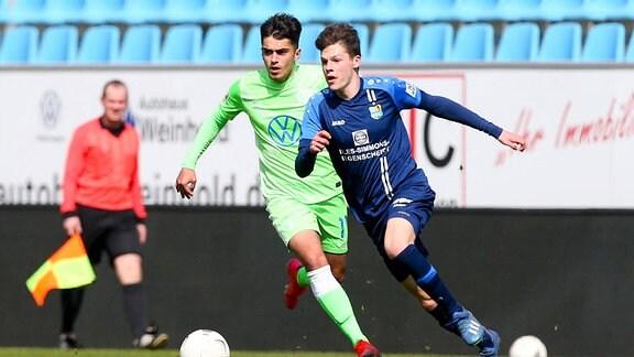 Enrique Katsianas-Sanchez 11, Wolfsburg und Niclas Walter 9, Chemnitz