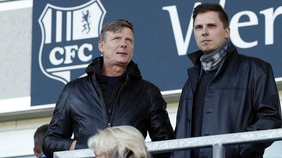 Im Stadion CFC Aufsichtsratvorsitzender Uwe Bauch (links) und Aufsichtsratsmitglied Norman Löster (rechts)