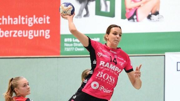 Anika Niederwieser (im Trikot von TuS Metzingen)
