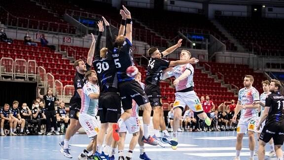 Bergischer HC spielt gegen SC Magdeburg.