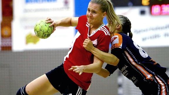 Cantal Wick, BSV Zwickau, mit Ball.