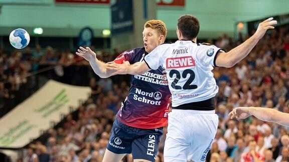 Simon Jeppsson gegen Marko Mamic