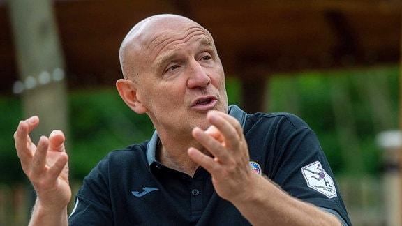 Trainer Herbert Müller vom Thueringer HC