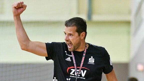 Norman Rentsch Trainer, BSV Sachsen Zwickau jubelt.