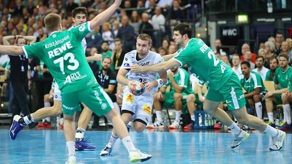 Spielszene der Begegnung DHfK - Magdeburg / Handball Leipzig