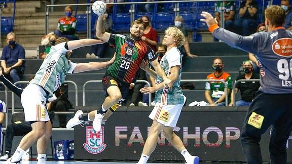 Marko Bezjak erzielt Tor