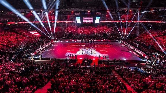 DHB Pokal Finale - SC Magdeburg vs. THW Kiel Uebersicht Barclaycard Arena beim Final4 Hamburg
