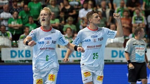 v.l. Jubel bei Matthias Musche (SC Magdeburg) und Marko Bezjak (SC Magdeburg)