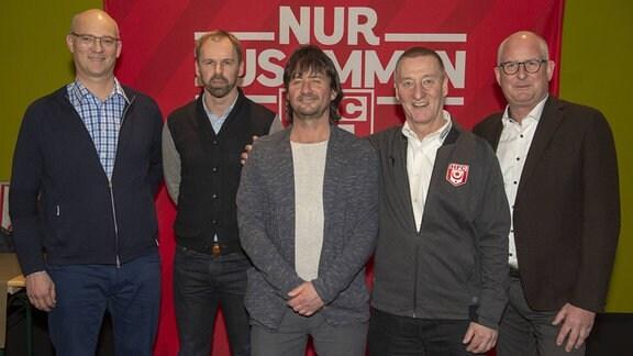 Der neugewählte Vorstand: Dr. Jürgen Fox , Oliver Kühr , Steffen Kluge , Lutz Preußler und Jens Rauschenbach (Neuer Präsident, HFC)