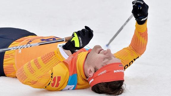 Cervinka erschöpft nach Rang drei im Finale.