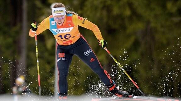 Antonia Fräbel (Deutschland / Asbach) beim Langlauf-Sprint U23.