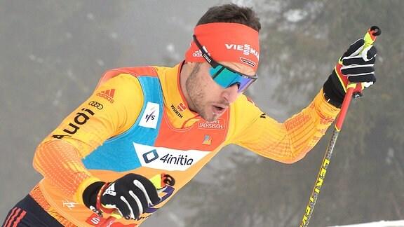 Jonas Schröter (Deutschland/Hirschau) beim Langlauf-Sprint U20.