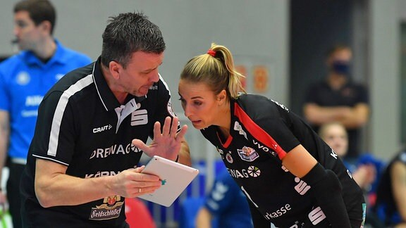Trainer Alexander Waibl mit Lenka Dürr beide Dresden