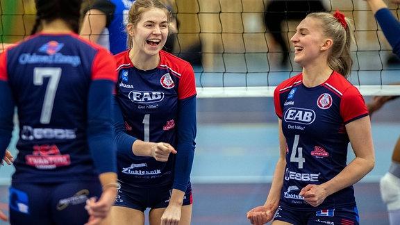 Gislaveds Renee Elisabeth Sandbothe jubelt mit Teamkolleginnen