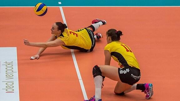 Tereza Patockova und Claudia Steger