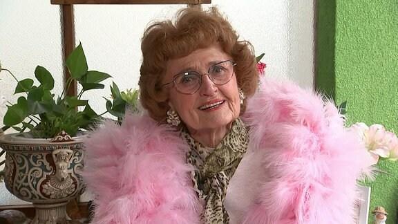 Granddame- Greta Bölkow aus Erfurt