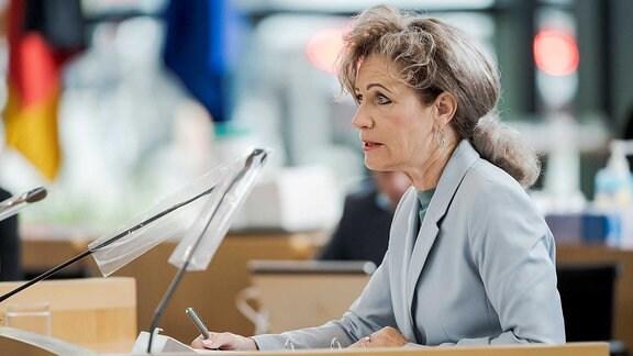 Birgit Keller im Thüringer Landtag