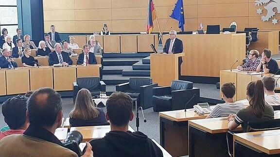 Jean-Claude Juncker, Präsident der EU-Kommission, spricht im Thüringer Landtag.