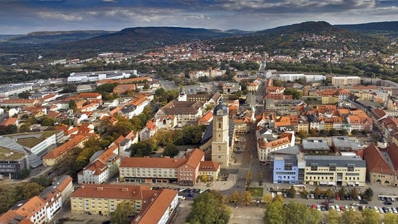 Stadtansicht Jena mit Rathaus