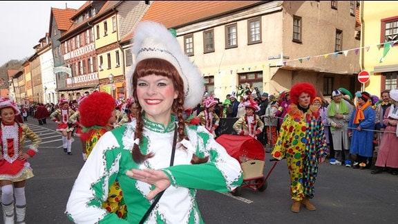 Funkenmariechen beim Wasunger Karnevalsumzug