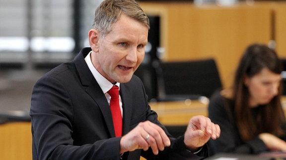 AfD-Fraktionschef Björn Höcke spricht im Thüringer Landtag