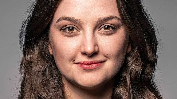 Porträt der Linken-Politikerin Katja Maurer