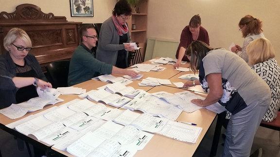 Auszählung der Stimmzettel in Eckstedt.