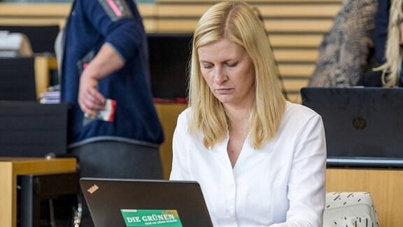 Die stellvertretende Geschäftsführerin des Thüringer Bündnis 90/Die Grünen, Madeleine Henfling