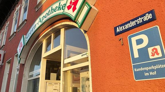 Geschlossene Apotheke in Kranichfeld im Weimarer Land.