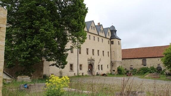 Ein Schlossvorhof