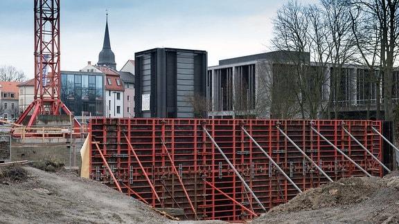 Die Baustelle des Neuen Bauhaus-Museums in Weimar im Laufe der Zeit