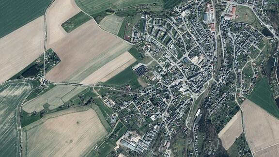 Luftaufnahme der Ortschaft Triebes