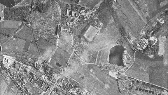 Luftbild vom Teersee in Rositz (Neue Sorge) vom 08.06.1953