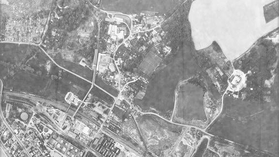Luftbild vom Teersee in Rositz (Neue Sorge) vom 08.05.1988