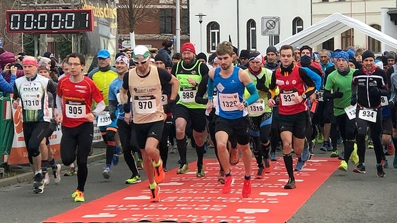 Start des Silvesterlaufs in Gera am 28.12.2019