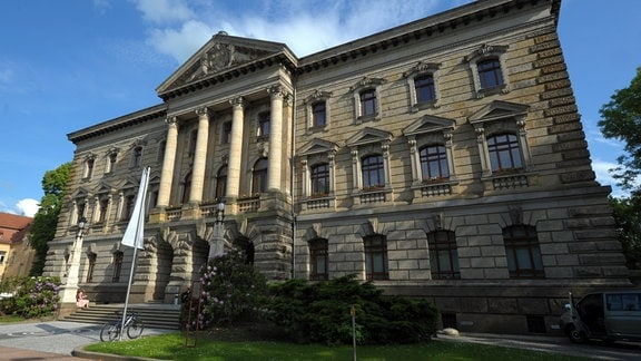 Blick auf das Landratsamt von Altenburg.