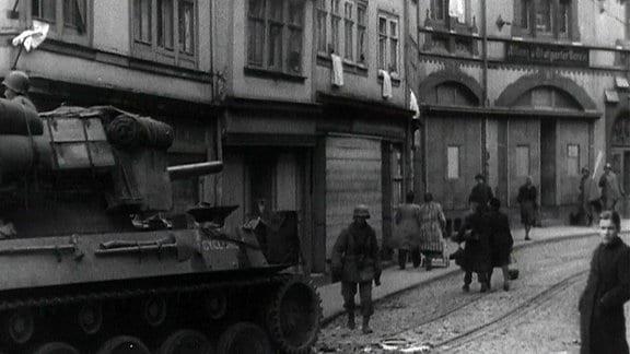Weiße Fahnen in Gotha beim Einmarsch der US army, April 1945