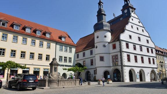 Rathaus und Marktplatz in Hildburghausen